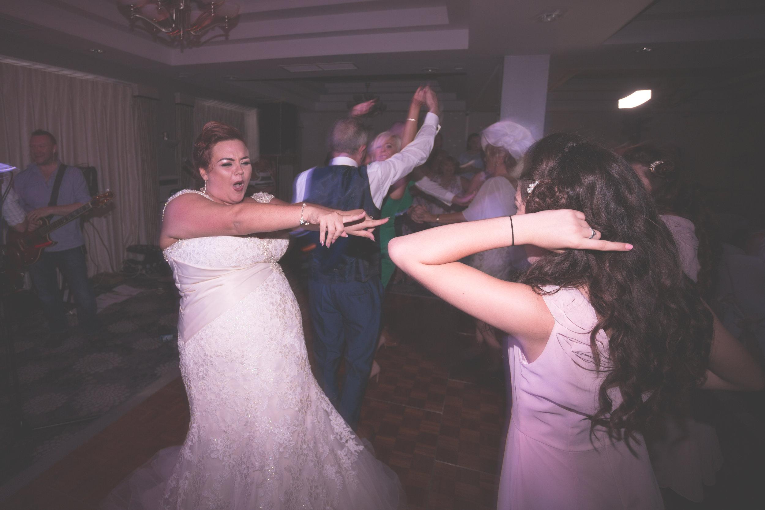 Antoinette & Stephen - First Dance | Brian McEwan Photography | Wedding Photographer Northern Ireland 52.jpg