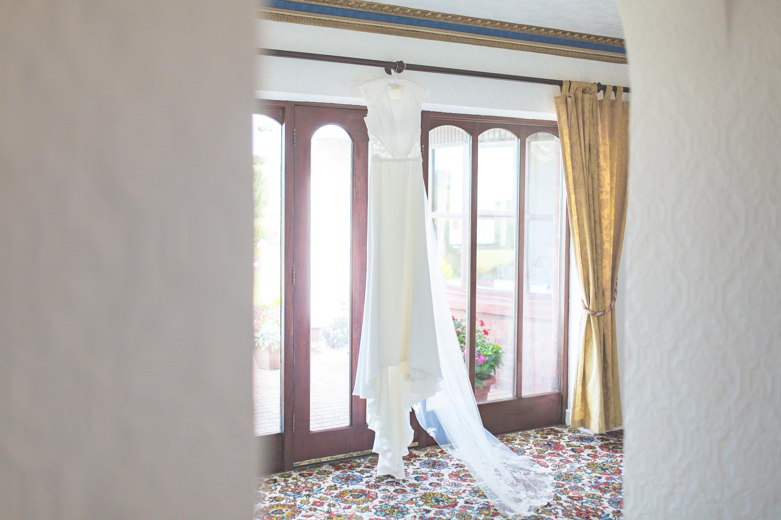 Brian McEwan Wedding Photography | Carol-Anne & Sean | Bridal Preparations-15.jpg