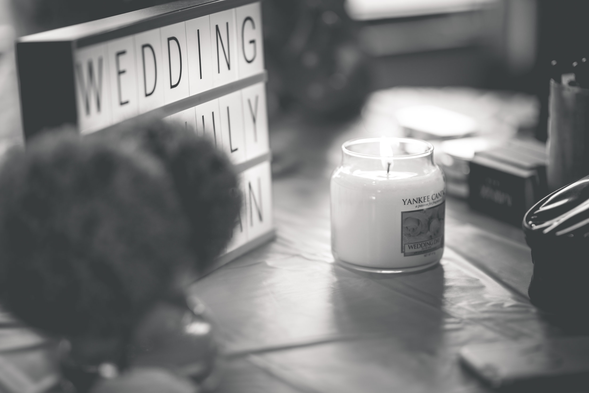 Brian McEwan Wedding Photography | Carol-Anne & Sean | Bridal Preparations-41.jpg