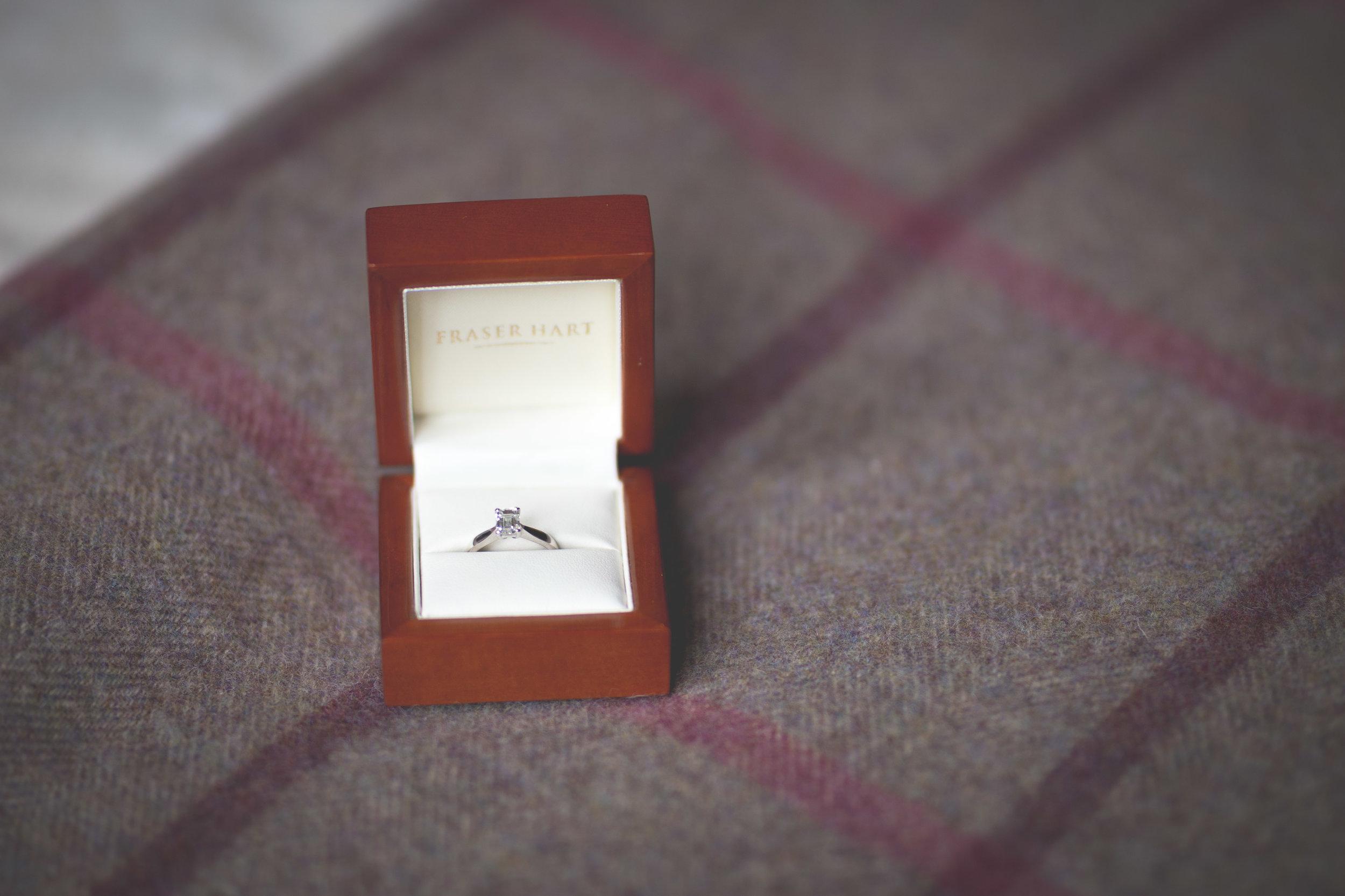 David & Gillian - Bridal Preparations-18.jpg