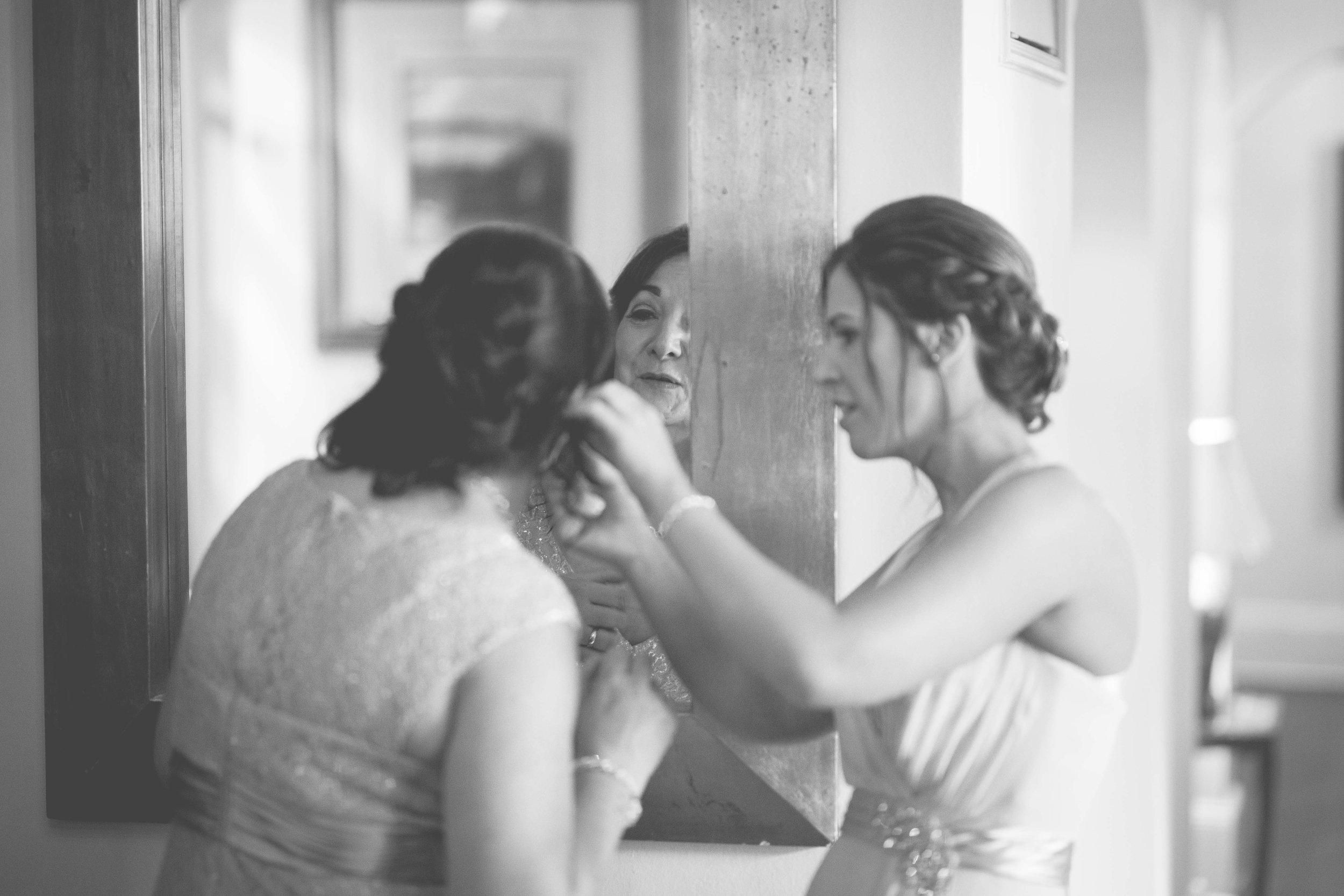 David & Gillian - Bridal Preparations-174.jpg