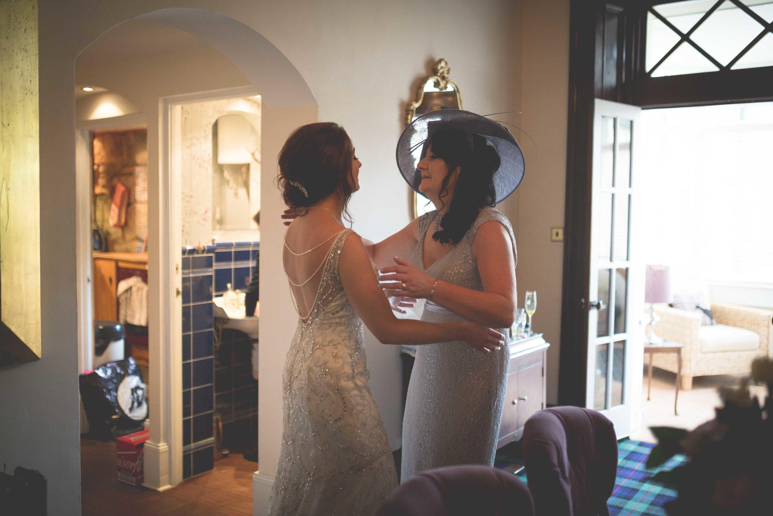 David & Gillian - Bridal Preparations-176.jpg