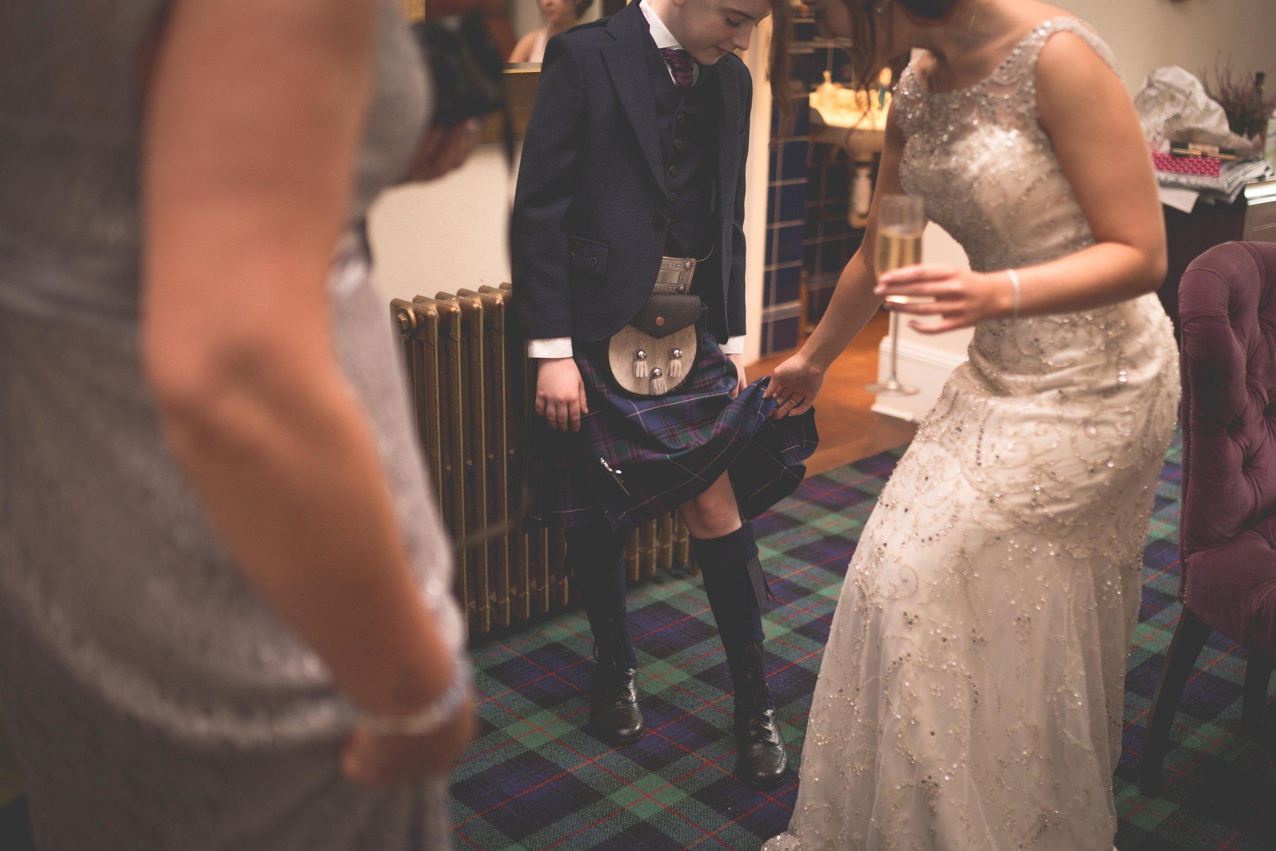 David & Gillian - Bridal Preparations-184.jpg
