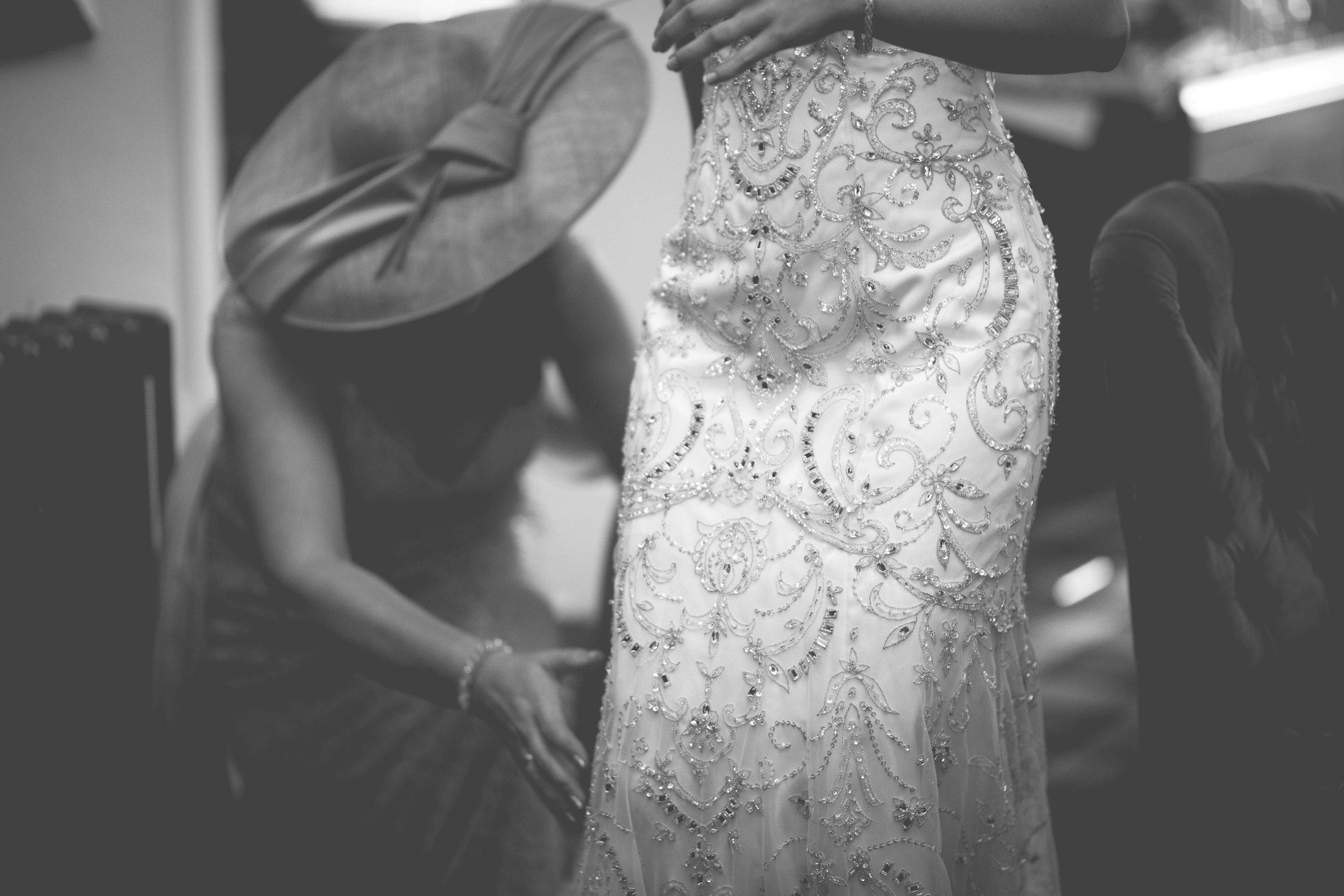 David & Gillian - Bridal Preparations-190.jpg