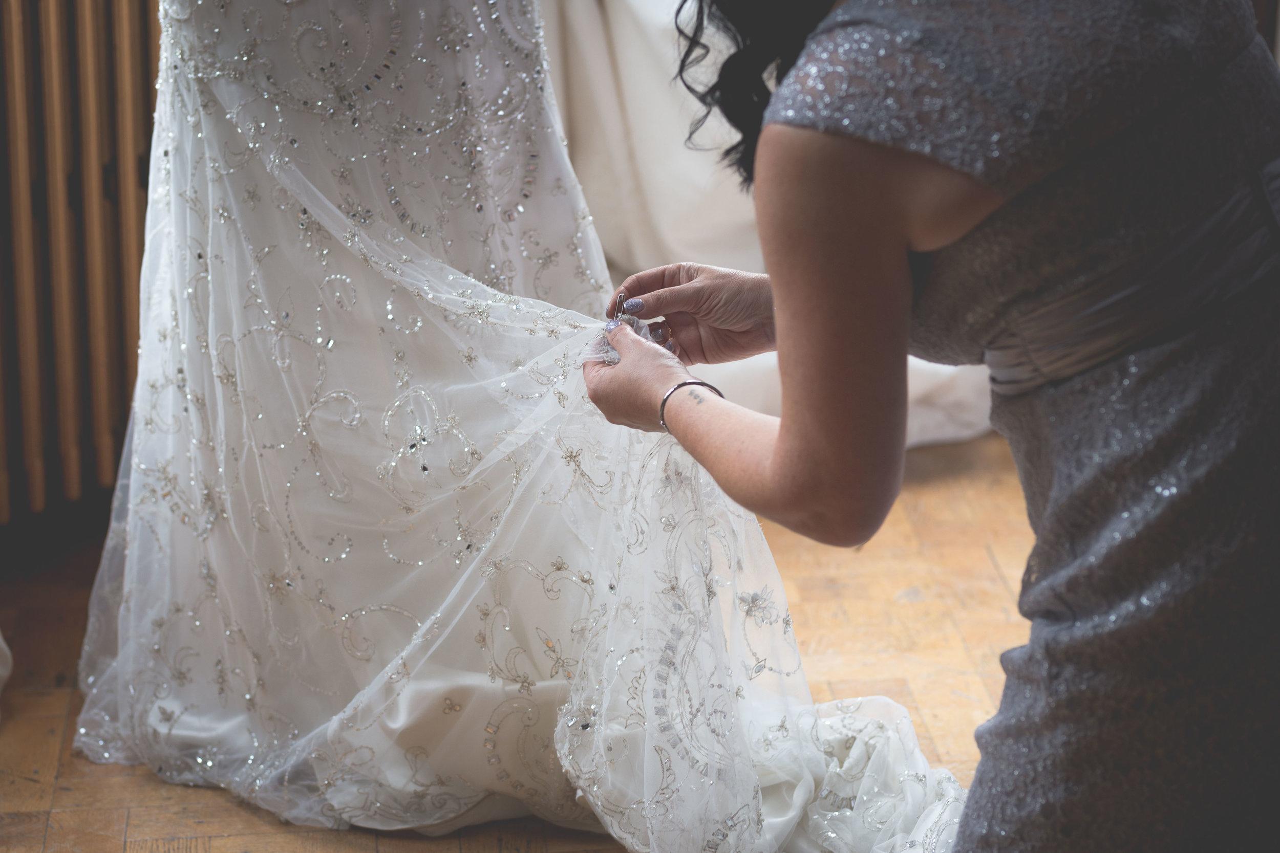 David & Gillian - Bridal Preparations-193.jpg