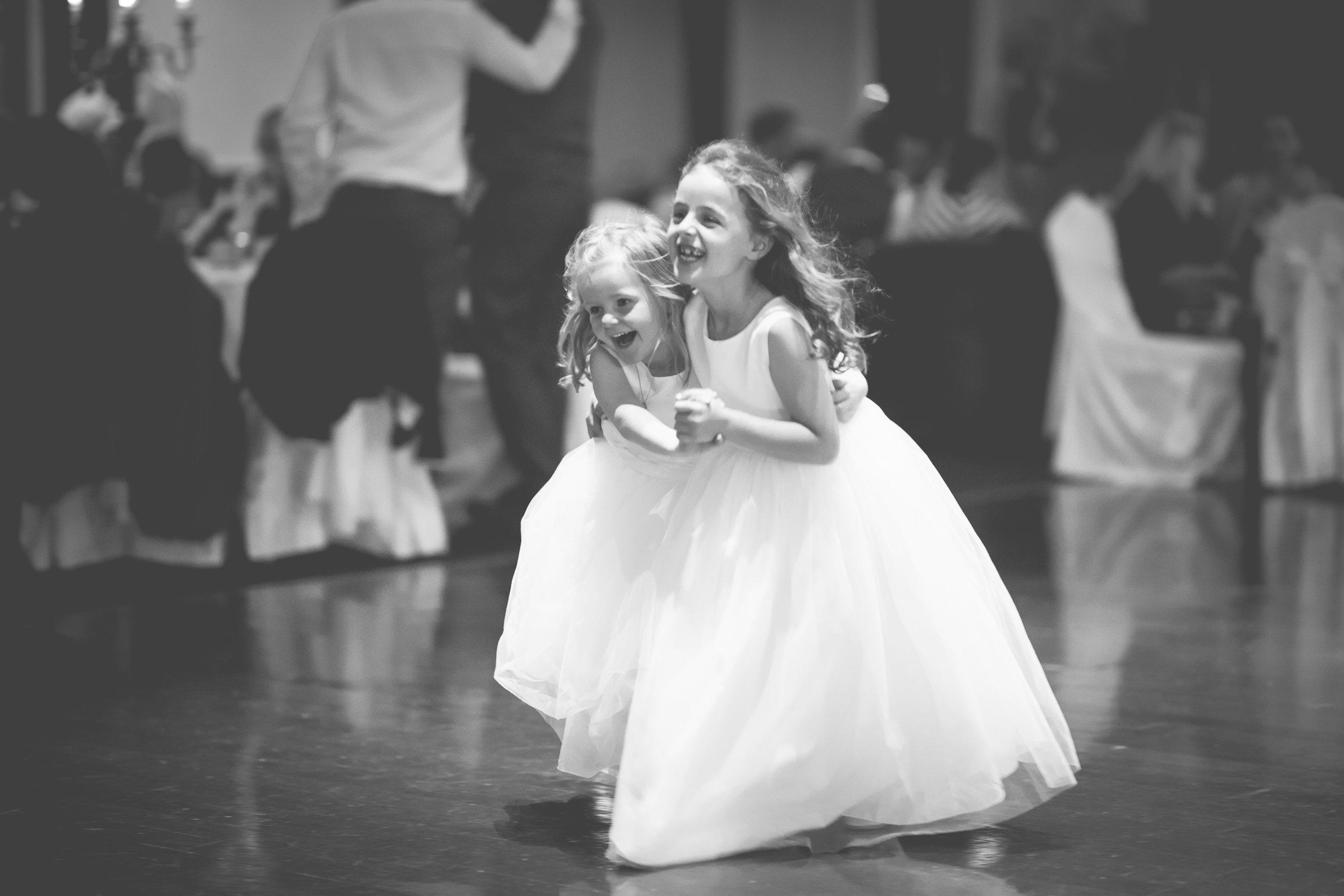 Clare & Colm - Dancing -9.jpg