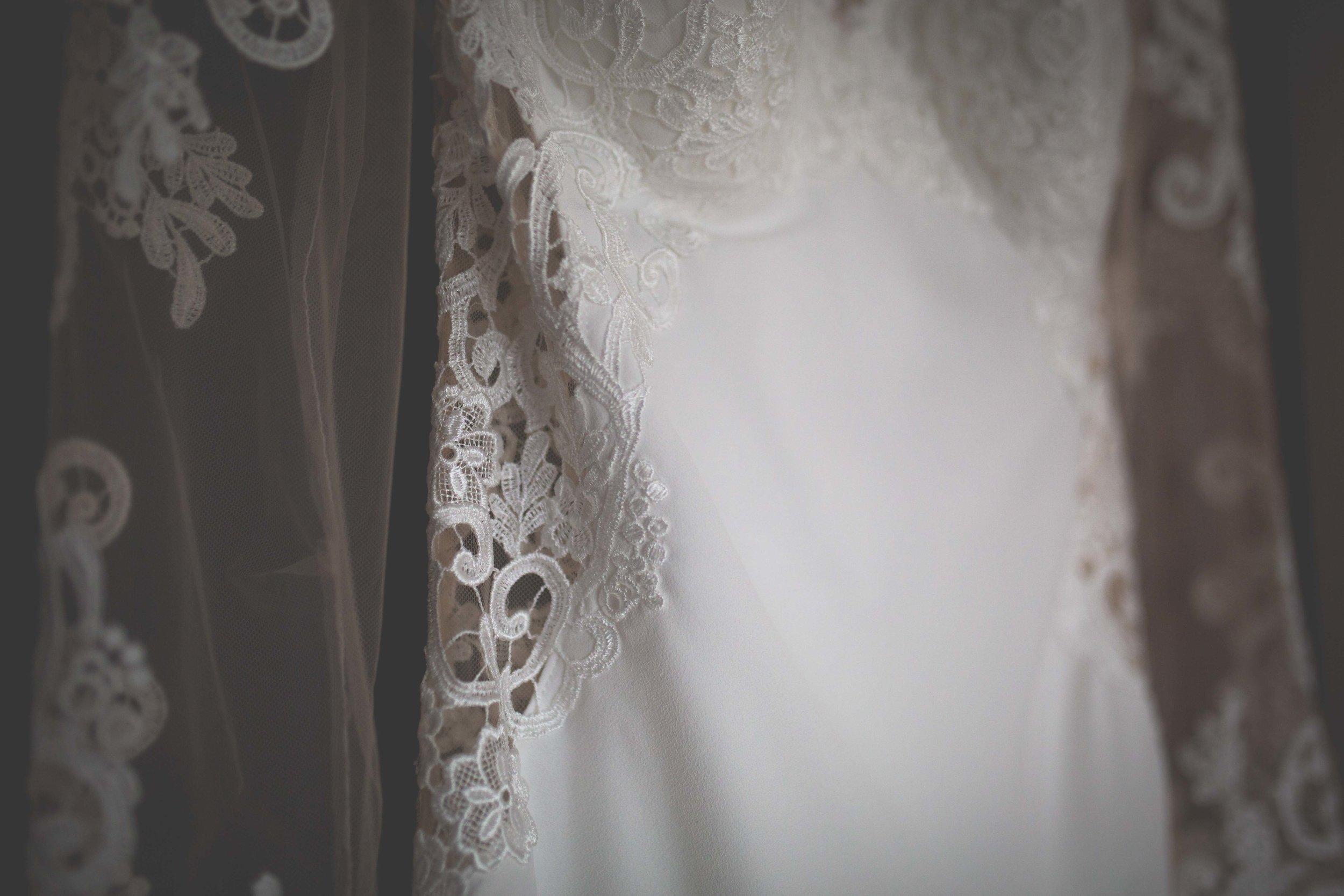 MaryJo_Conor_Mageean_Bridal_Prep-105.jpg