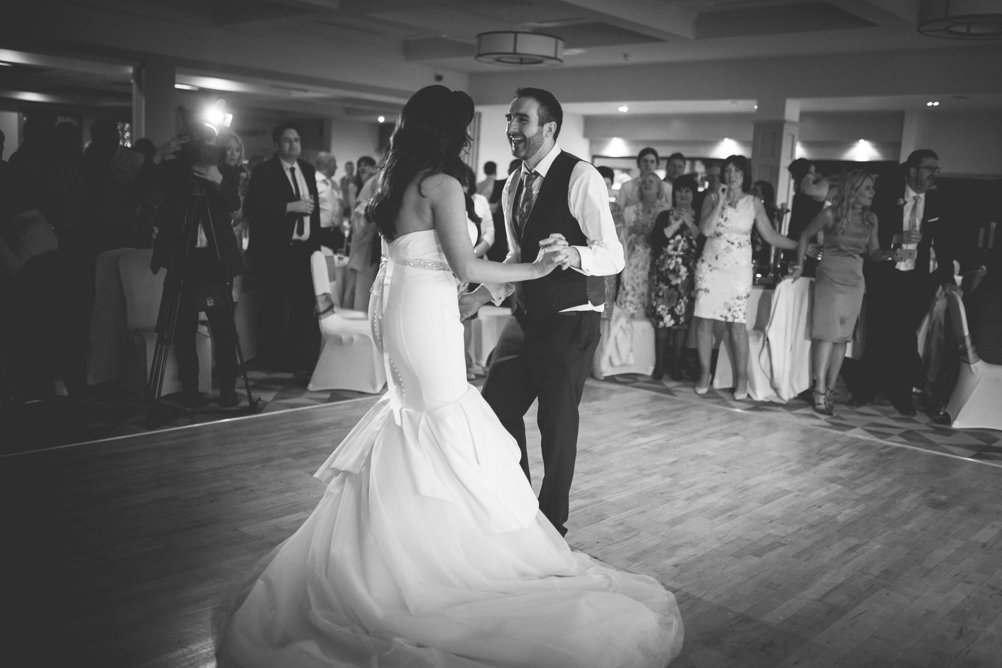 Francis&Oonagh-Dancing-15.jpg