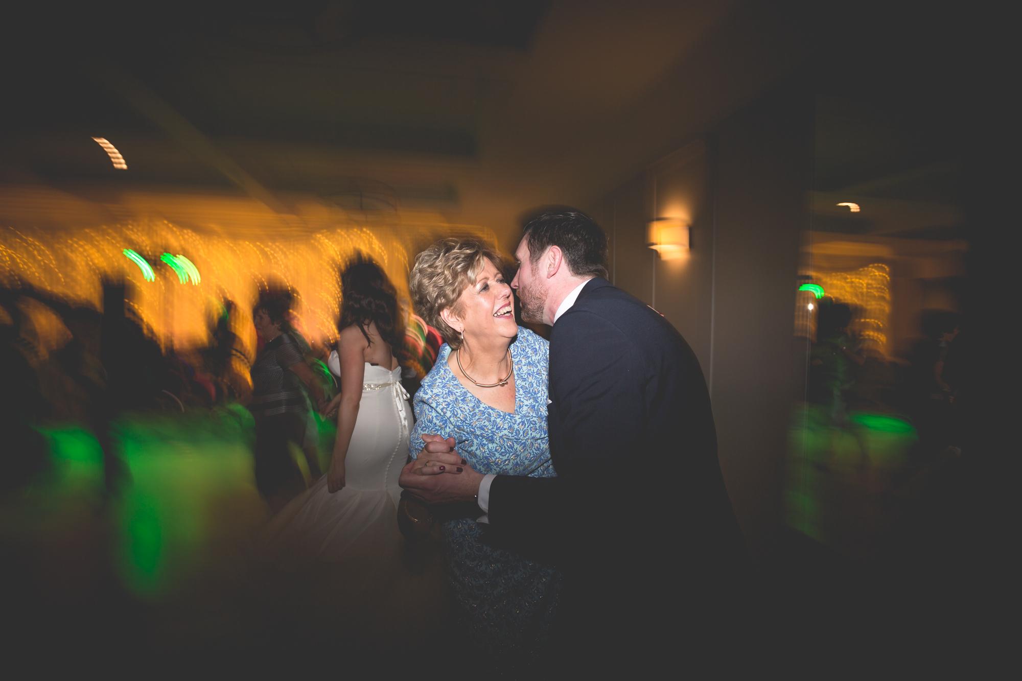 Francis&Oonagh-Dancing-24.jpg