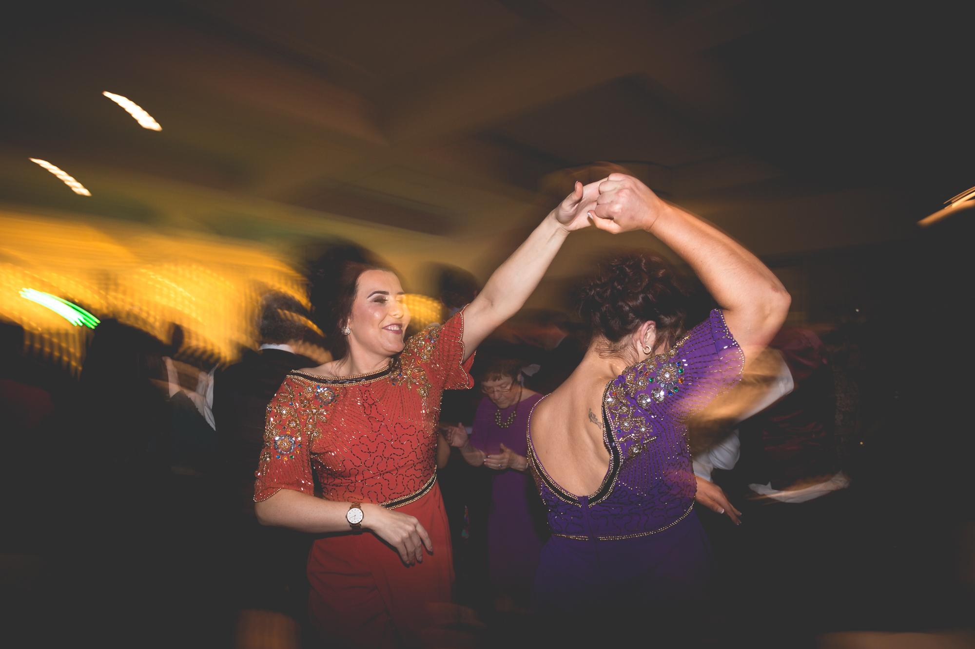 Francis&Oonagh-Dancing-30.jpg