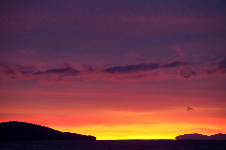 pink-sunrise-juan-de-fuce-strait.jpg