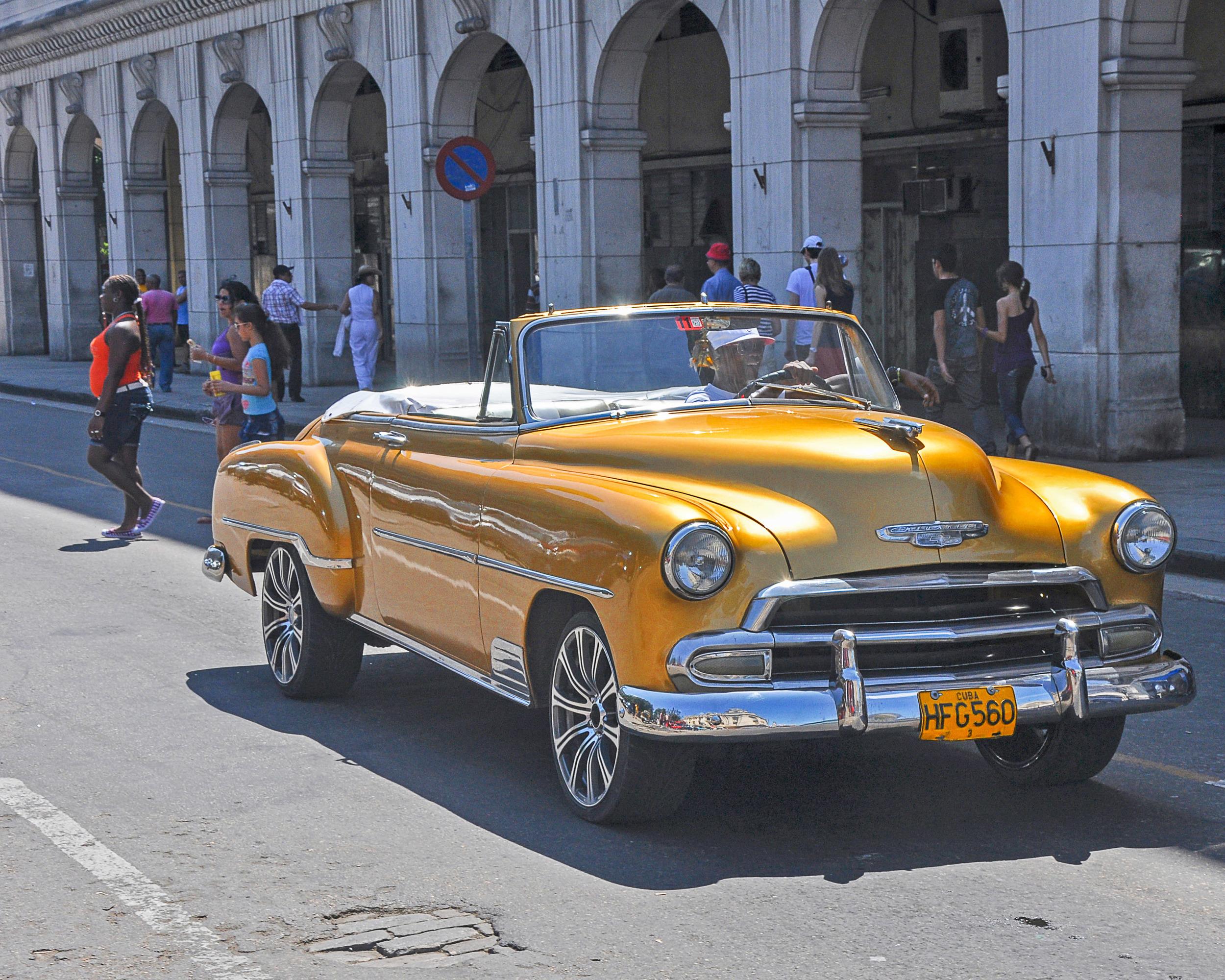 151214 Cuba Car Gold 8x10-2039130602.jpg