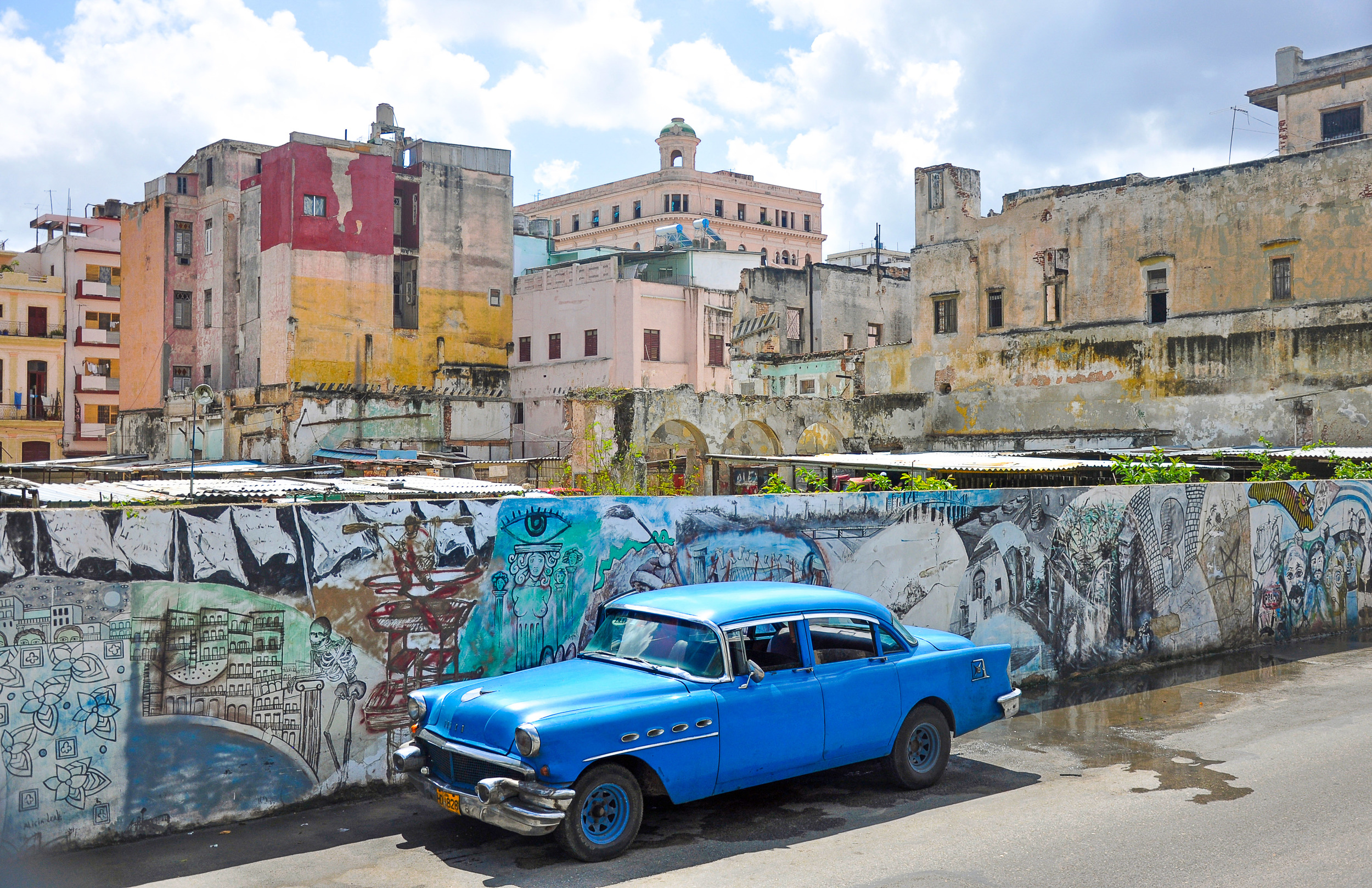 151214 Cuba Car Blu Wall-1285130602.jpg