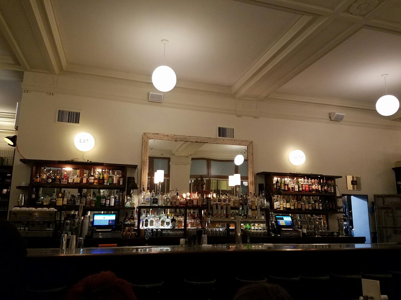 Brown &Loe bar