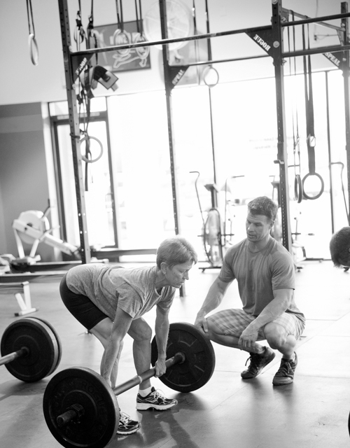 Click here to sign up for Intro to Crossfit Classes!