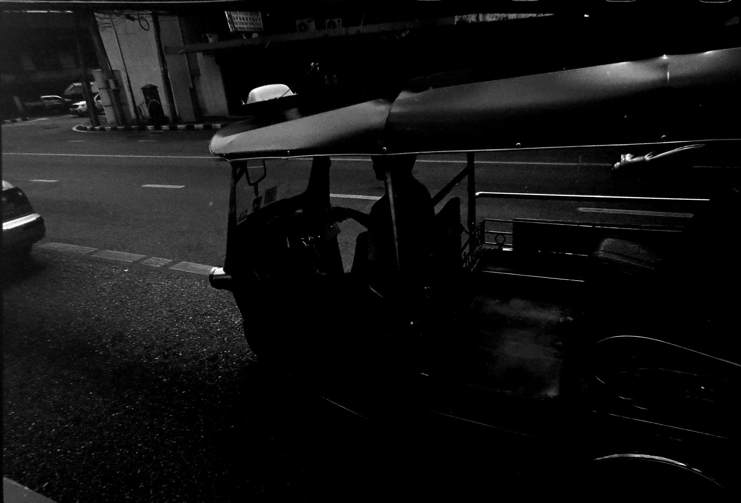 Chromacomaphoto street photography Bangkok Leica M3 super angulon 21mm 3 4 tri x Thailand film (5).JPG