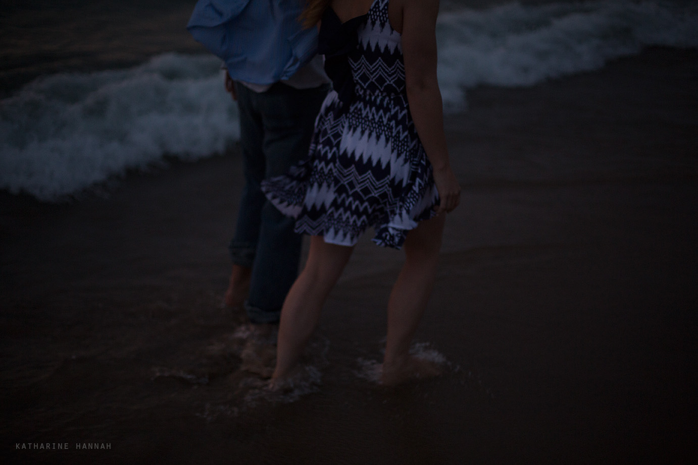 Engagement session Chicago beach
