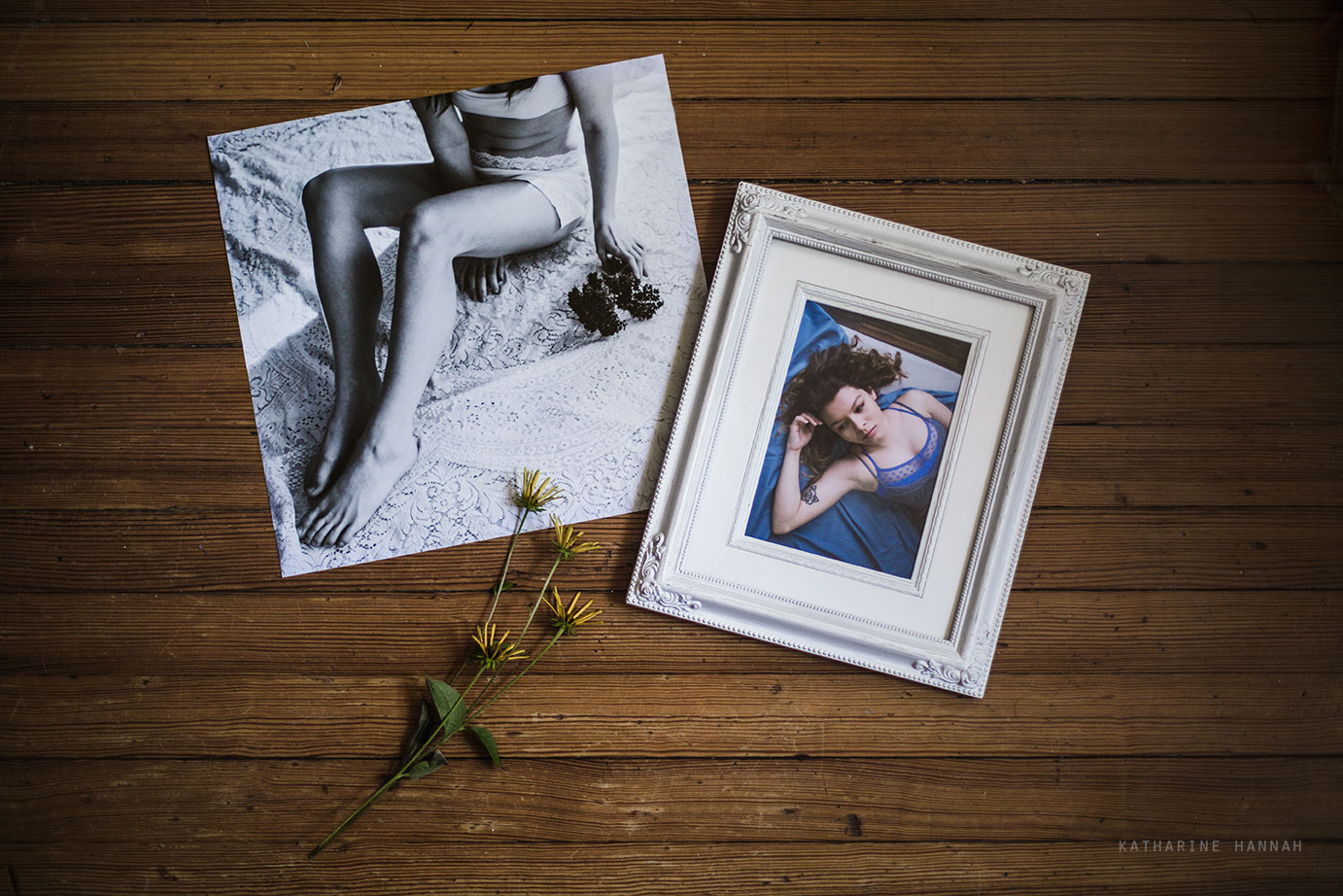 Framed prints in Chicago photo studio on the north side