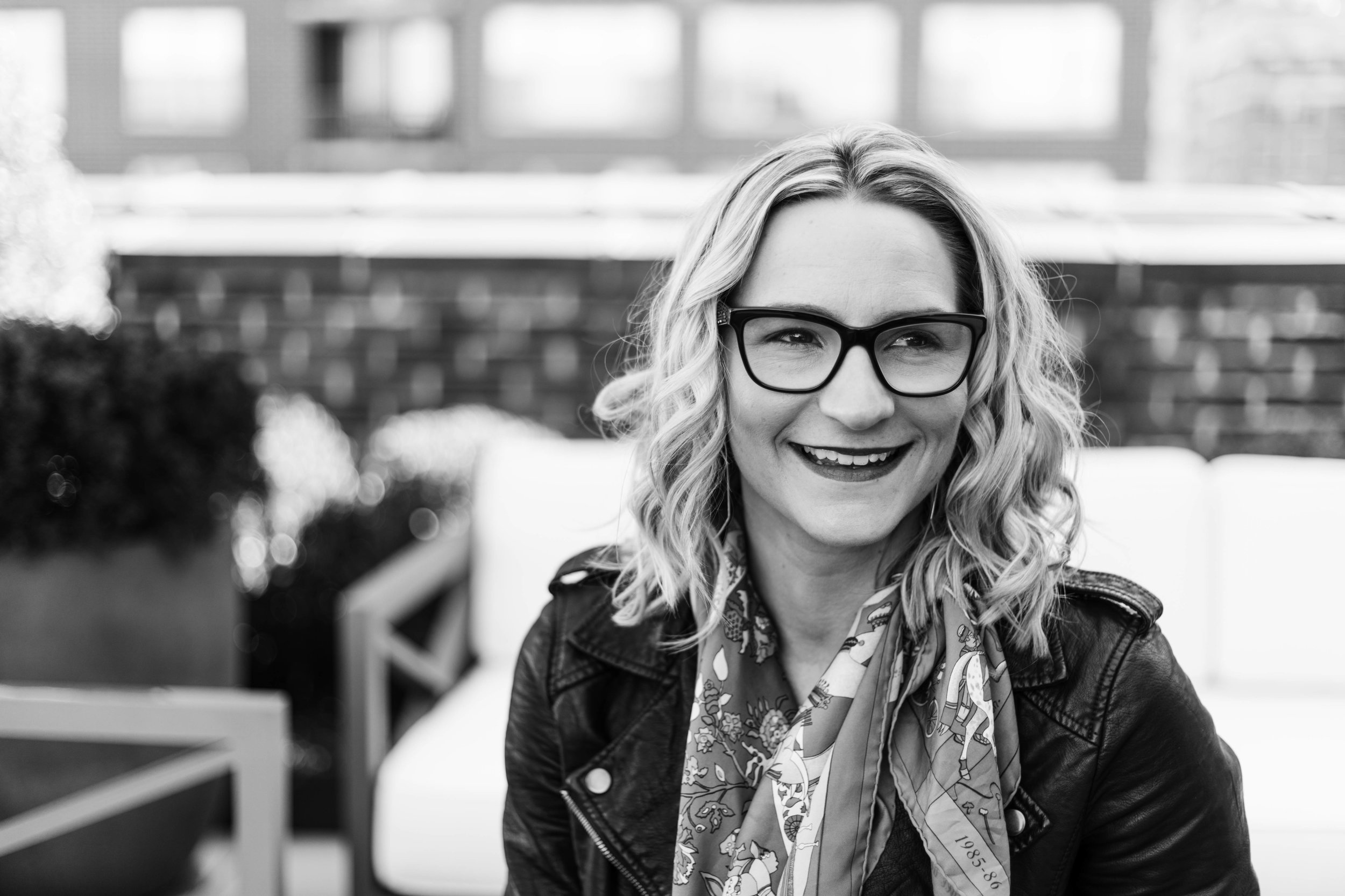 Headshot photography for Hanna Lee Style by branding photographer Katharine Hannah