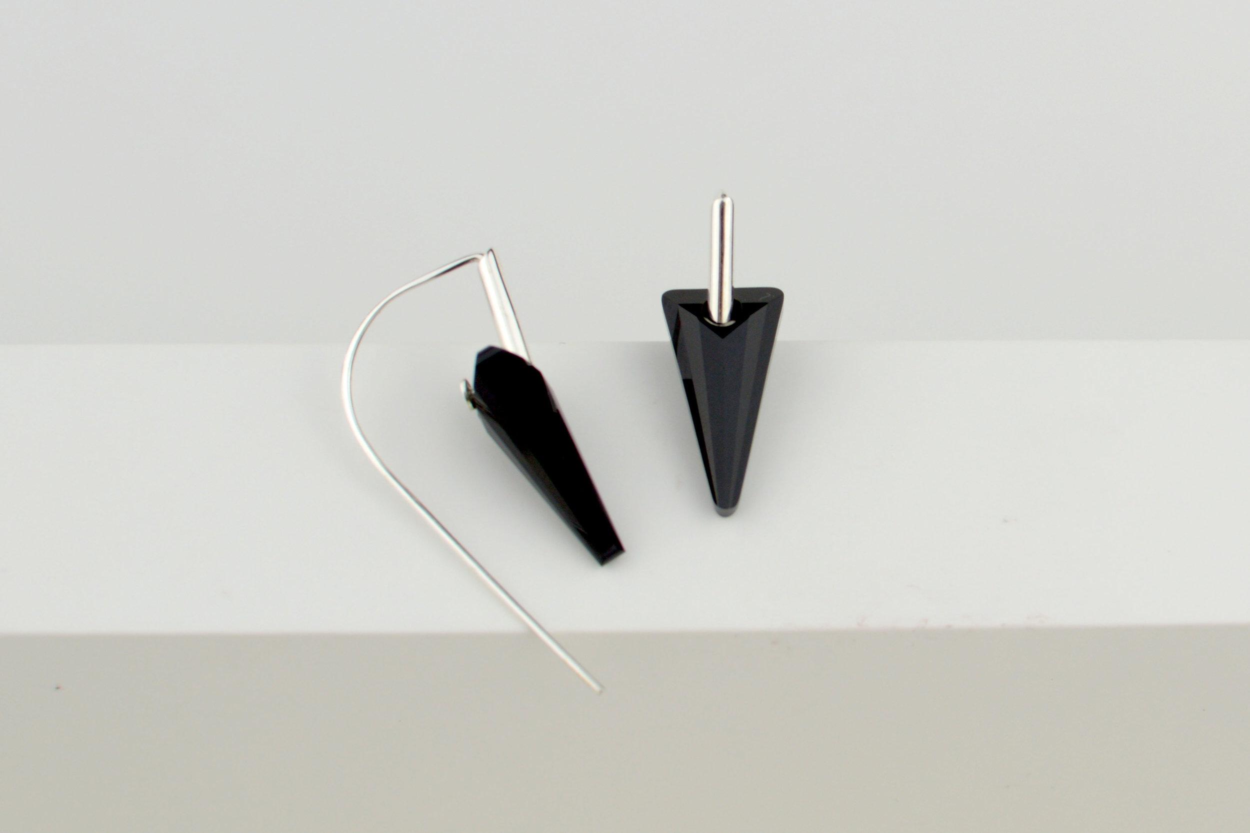 black spike.jpg