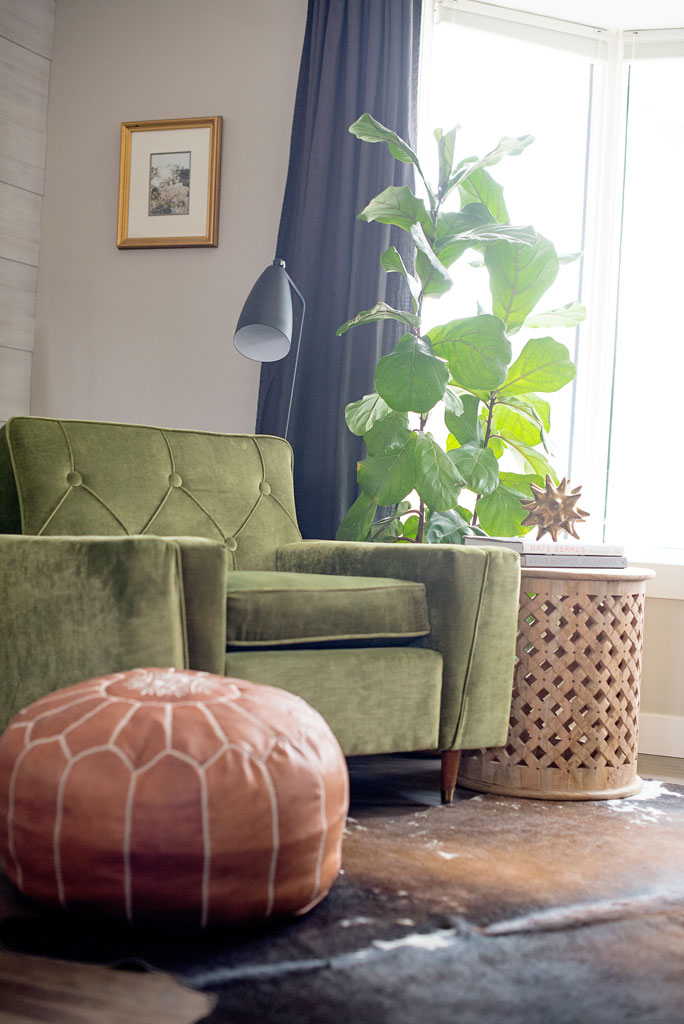 Moroccan Leather Pouf   |   Floor lamp