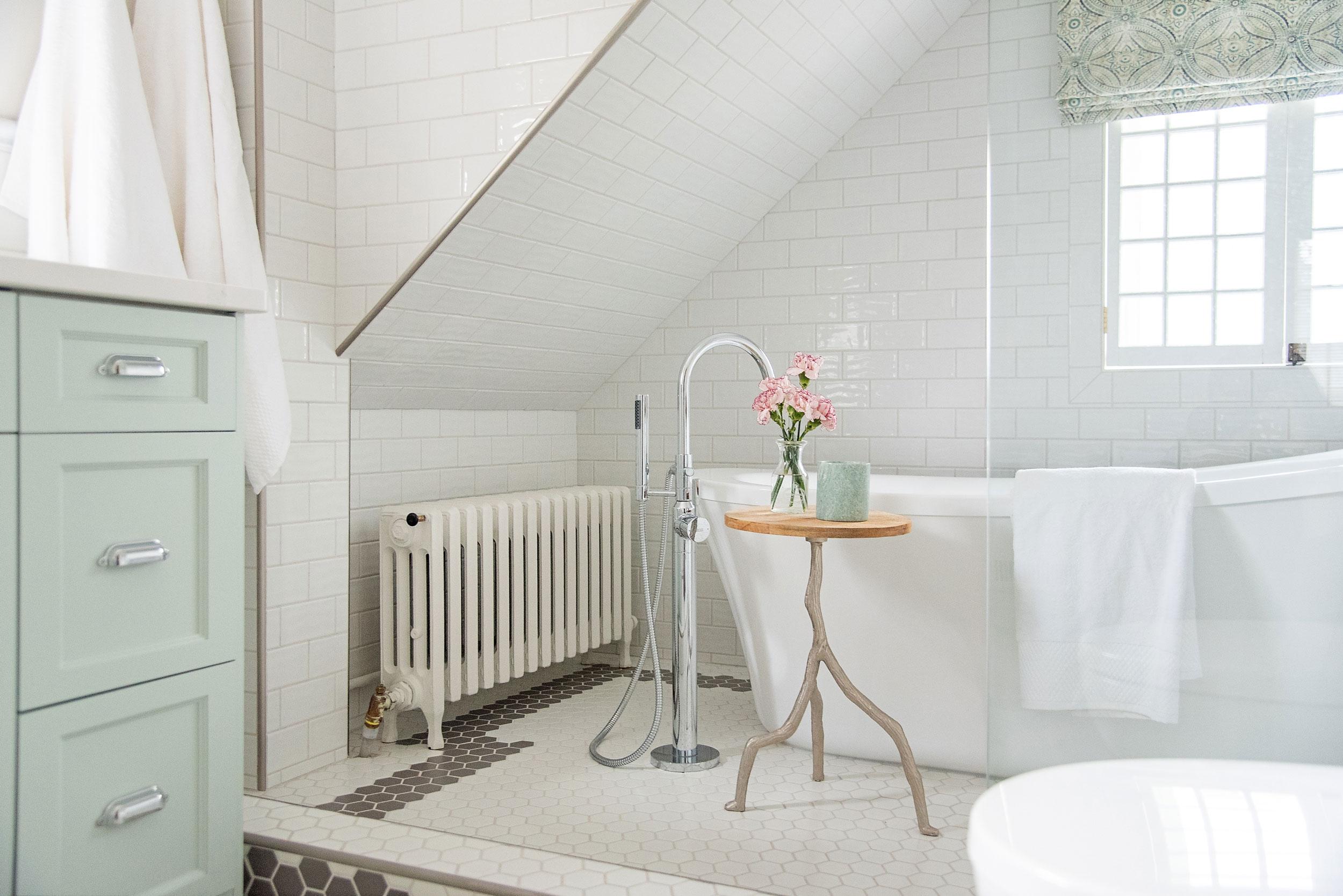 Farmer's Daughter Interiors - Century Bath Remodel
