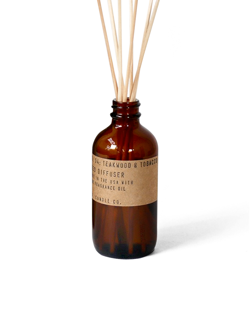 reed-diffuser-04-teakwood-and-tobacco-pfcandleco.png