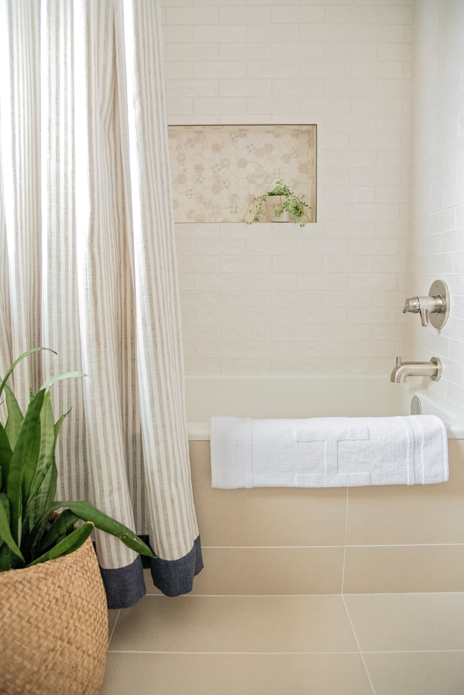 WEB LOW RES_WAILEA BATH REMODEL-143.jpg