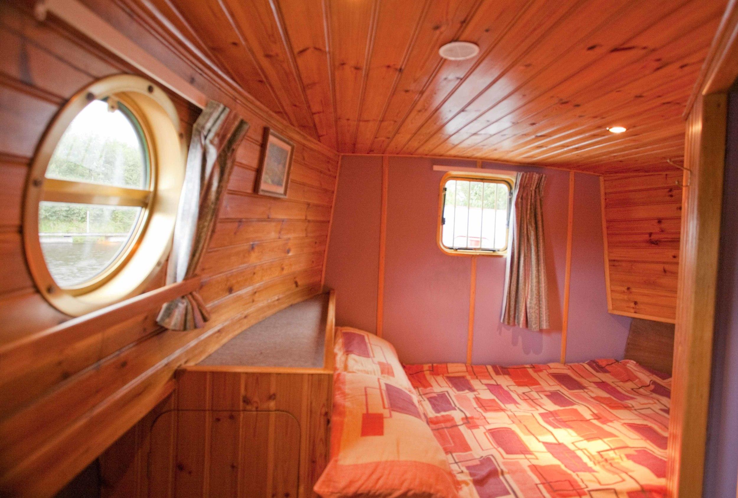 dutch courage-bedroom.jpg