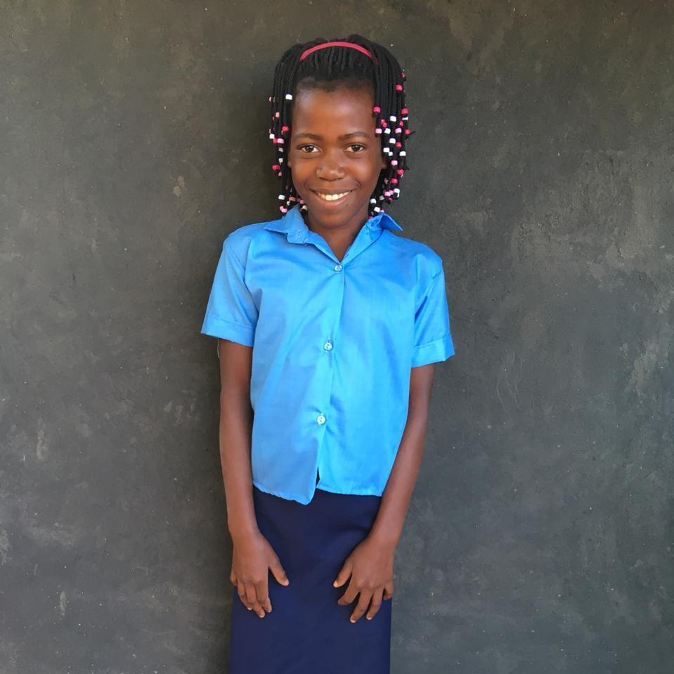 kurandza-girls-first-day-of-school-8.jpeg