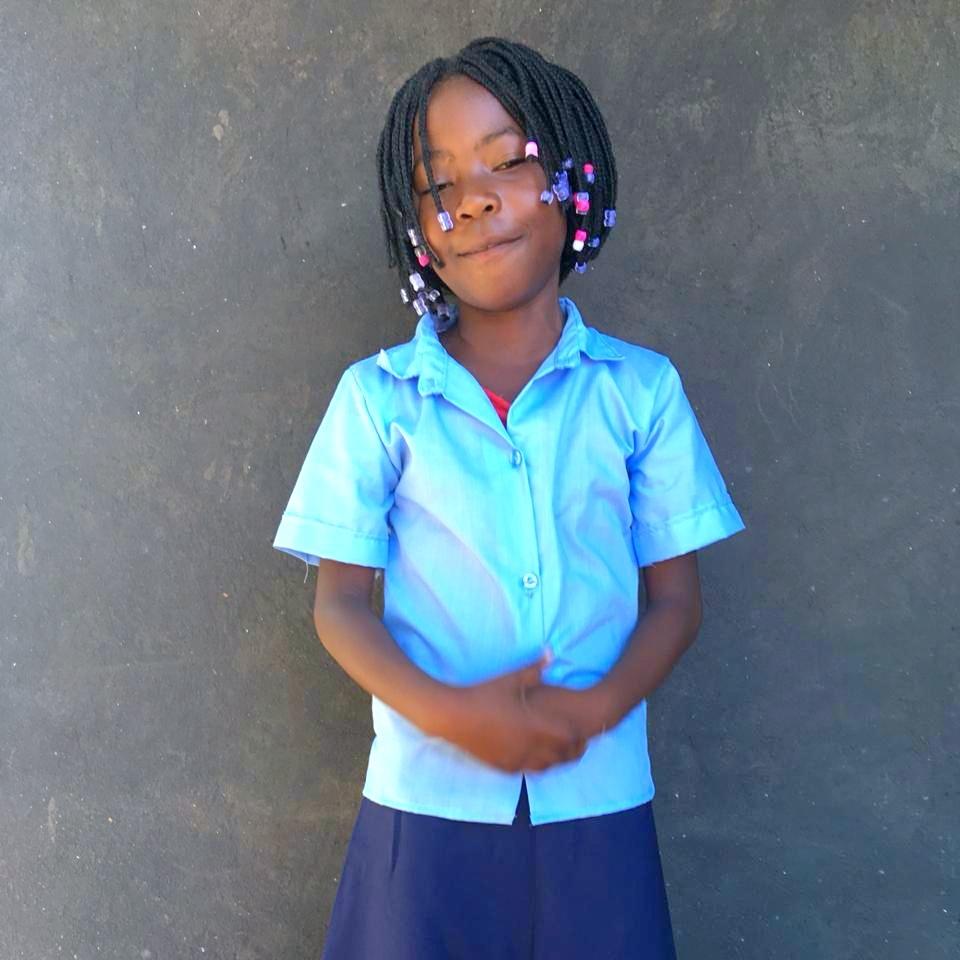 Yola, Age 7