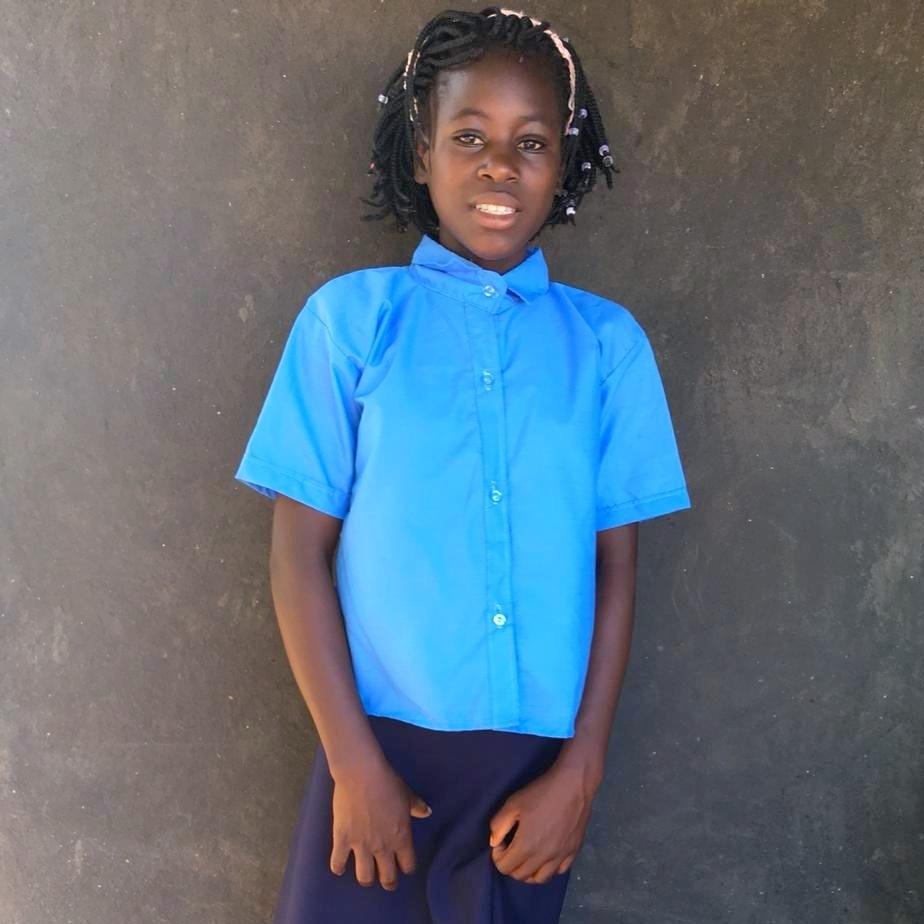 Dinha, Age 11