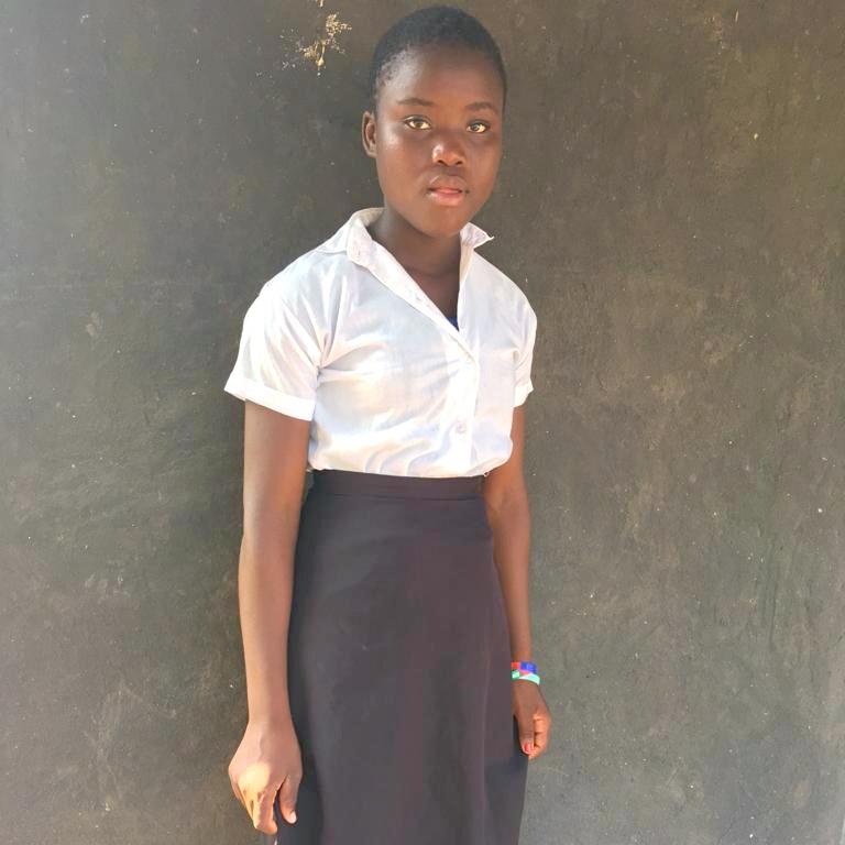 Amélia (Amelia) Chivambo, Age 16