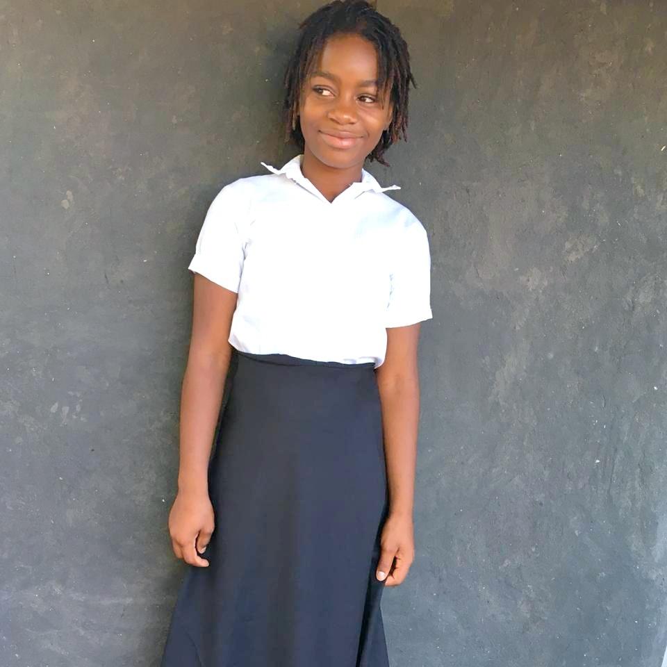Liria, Age 16