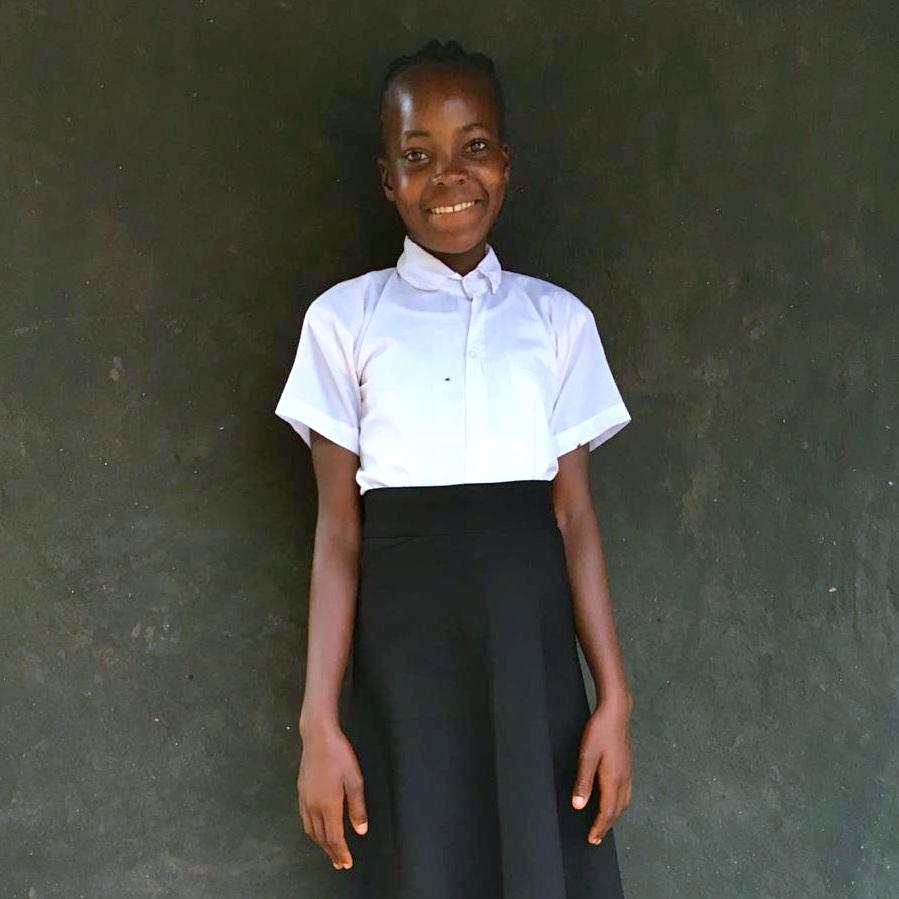 Celia (Célia), Age 14