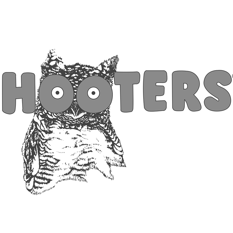 hooters-logo-png-transparent.png