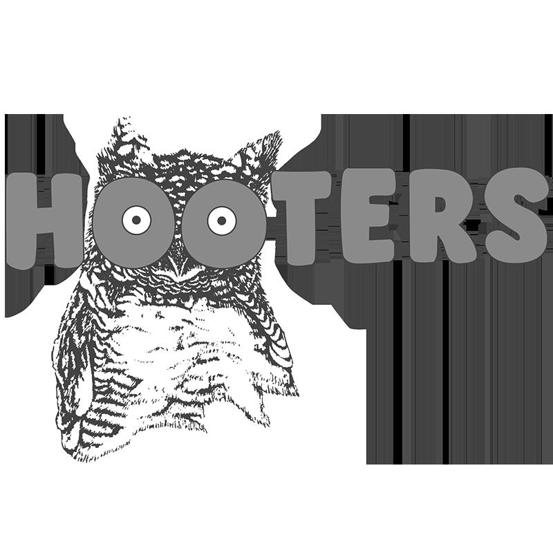 hooters-logo-png-transparent.png