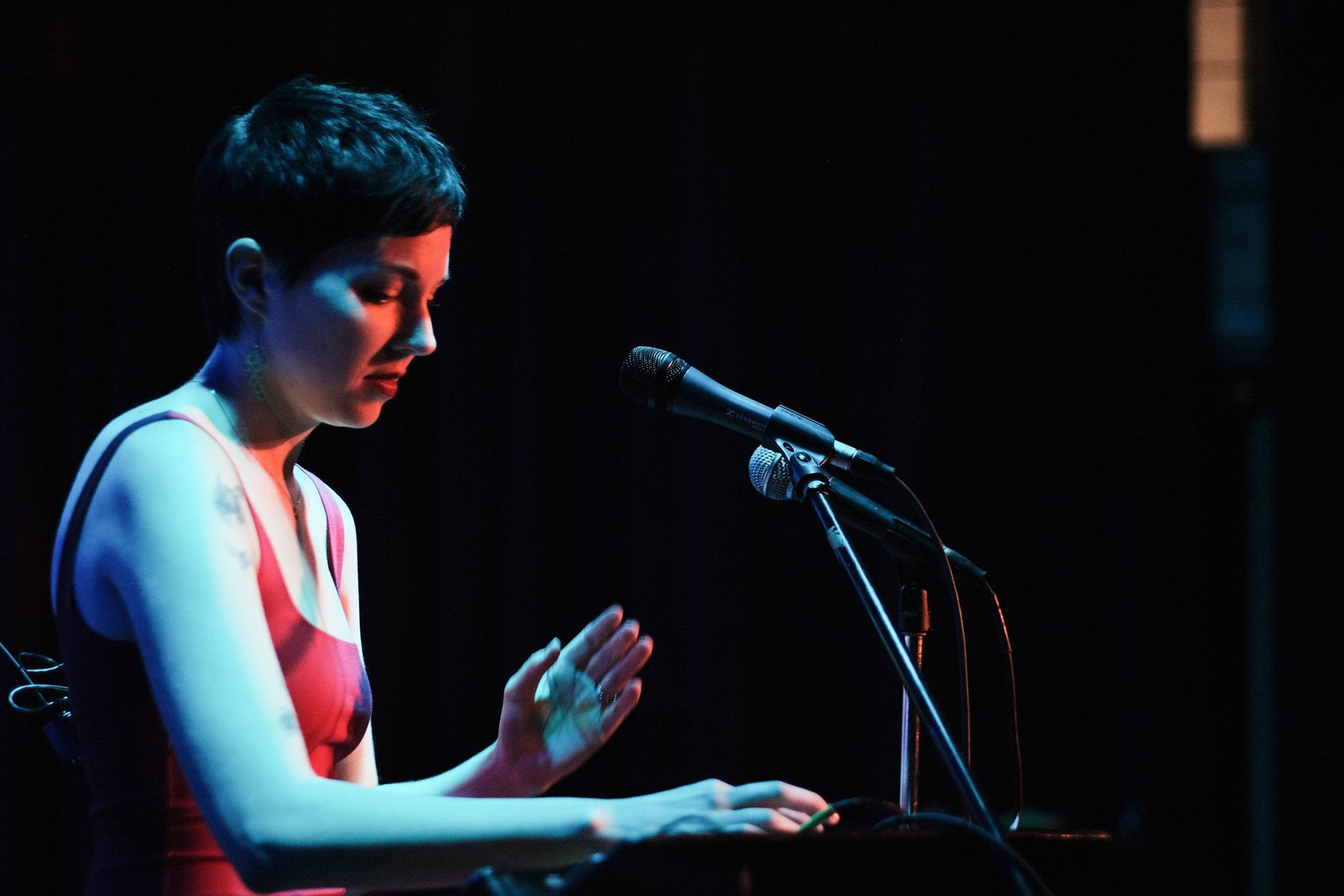 Holly Pyle performing with her looping station.