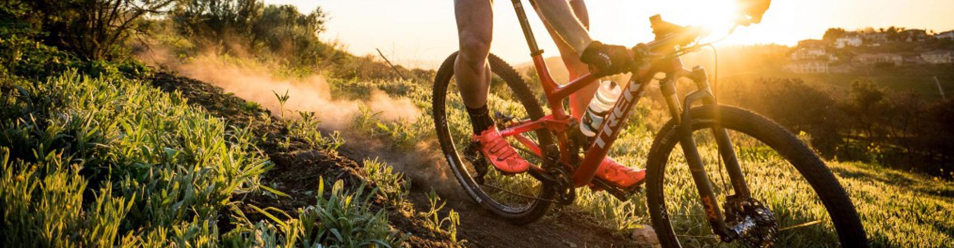 Stellen Sie sich das irrste Mountainbikerace in den südfünischen Alpen vor