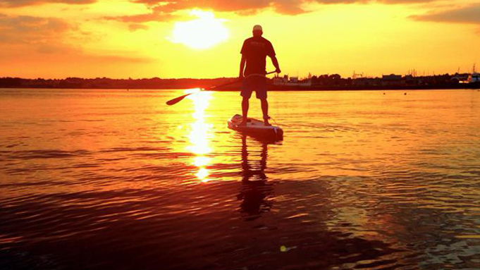 SUP - STAND UP PADDLE -