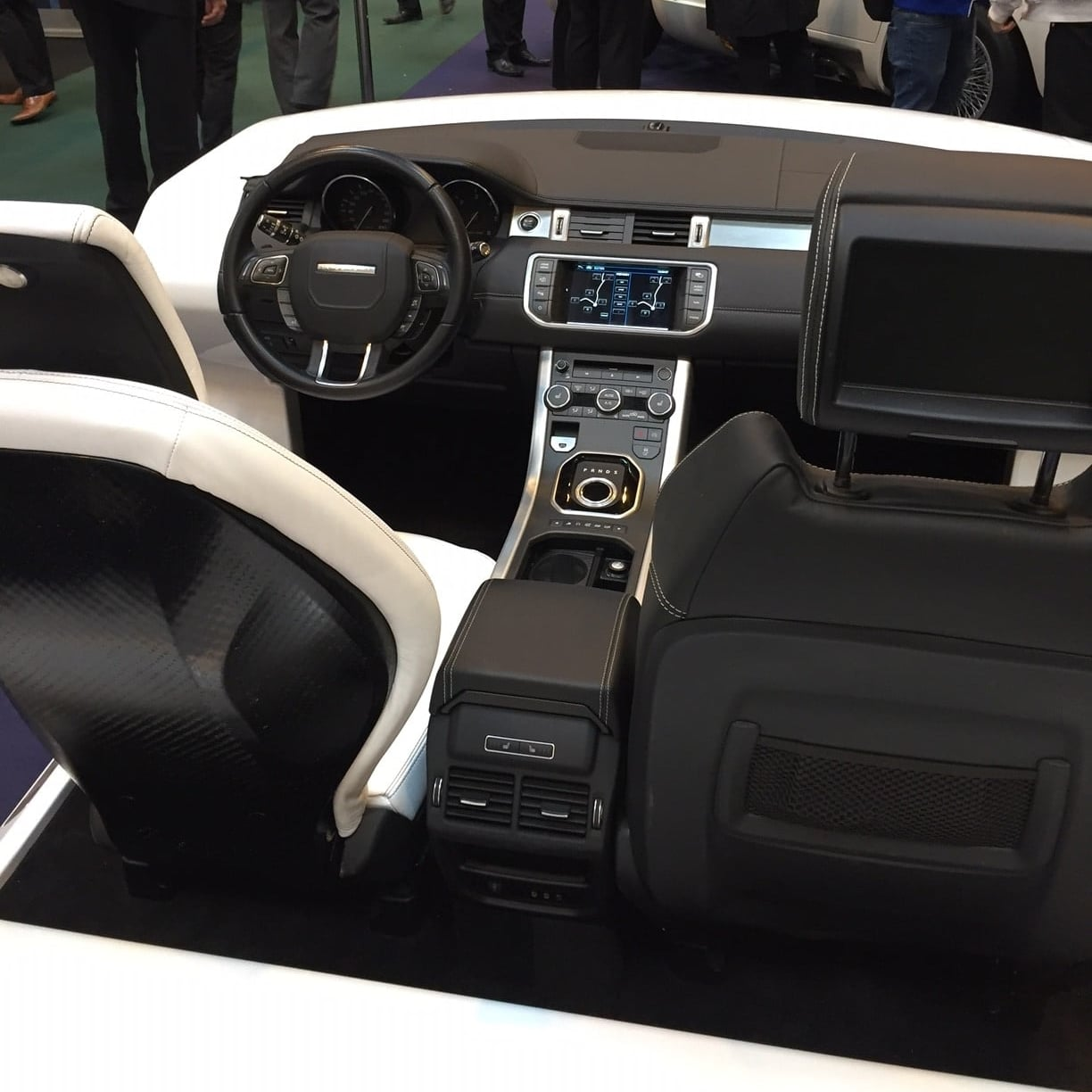 District Designs - Advanced Engineering show - Range Rover Interior