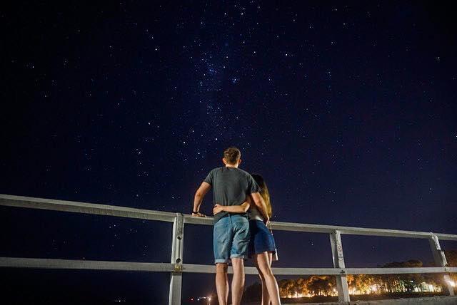 HERVEY BAY 🗺🌘💫 🇦🇺 - Here's a long exposure shot of the night sky from the Urangan Pier. •••#instagood #nightphotography #throughthelens #agameoftones #photography #photooftheday #wanderlust #sony #sonya6000 #night #herveybay #australia #sunshine #coast #queensland #adventure #travel #travelling #iso
