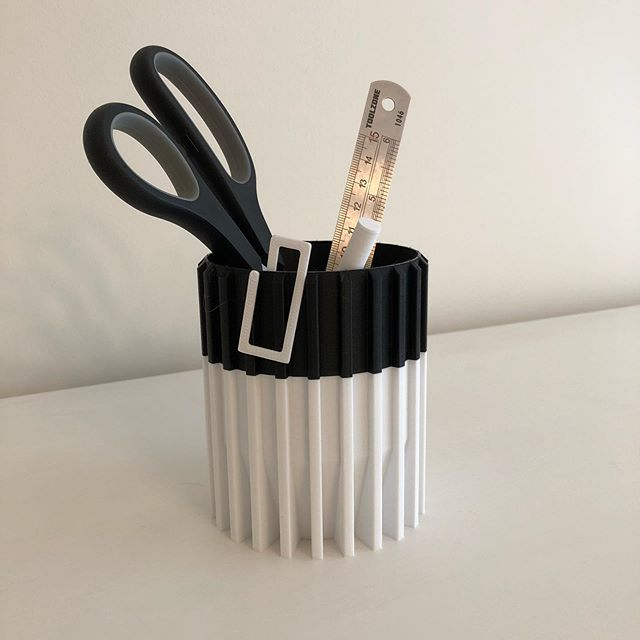 One of my new pen pot designs ready for Bath market this Saturday. I can't wait to get networking with other independent businesses. • • • #smallbusiness #3dprinted #inkbuiltuk #organic #sugarcane #biodegradable #environmentallyfriendly #noplasticisfantastic #design #creative #noplastic #instagood #bristolmakers #independent #sustainable #decor #fashion #homeware #tealightholder #bookmarks #interiordesign #loveourplanet #sustainability #reduceplastic #recyclable #zerowaste #inkbuiltuk #love #photooftheday