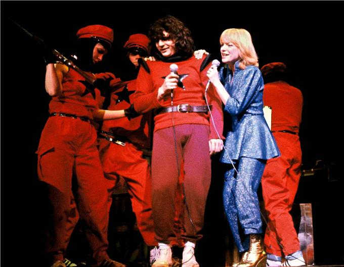 12 / Starmania - 1979,(Michel Berger / Luc Plamondon) © BOCCON-GIBOD/SIPA.Il ne faut pas croire que la comédie musicale est un genre uniquement anglo-saxon. Le succès mondial de Starmania prouve que les franco-canadiens savent eux aussi créer de grands chefs-d'œuvre.