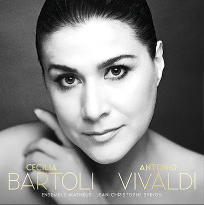 Cecilia Bartoli - Il y a vingt ans déjà vous avez offert un CD Vivaldi révolutionnaire. L'enregistrement d'extraits d'opéra par Cécilia Bartoli avait fait fureur grâce notamment à cette pyrotechnie vocale étourdissante. La Bartoli qui propose de nouveaux arias est toujours au sommet et emmène toute la famille dans les stratosphères. Une valeur sûre !Cecilia Bartoli - Antonio Vivaldi (Decca)