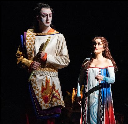 8- Tamino et Pamina - Die Zauberflöte (Mozart)Dans cet opéra, même si tout est symbole et que Pamina semble assurément destinée à Tamino, elle connaît le tourment. Elle pourrait commettre l'irréparable mais dans le chef-d'œuvre de Mozart aux multiples lectures, les cœurs purs sont bientôt réunis et c'est ensemble qu'ils traversent les épreuves de l'initiation, non sans braver la mort même.© Jonathan Tichler / Metropolitan Opera