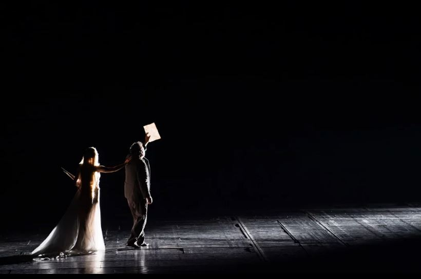 Les Contes d'Hoffmann 16/17 © Julien Benhamou / Onp