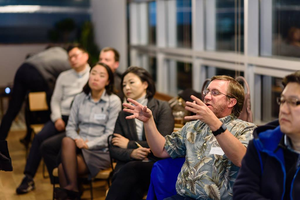 Mission - The Seoul Real Estate Investing Meetup is a community of real estate investors, entrepreneurs, and professionals based in South Korea. Our mission is to nurture a community of like-minded people for the purposes of education, networking, growth, and financial freedom. (Photo by Cristian Bucur)