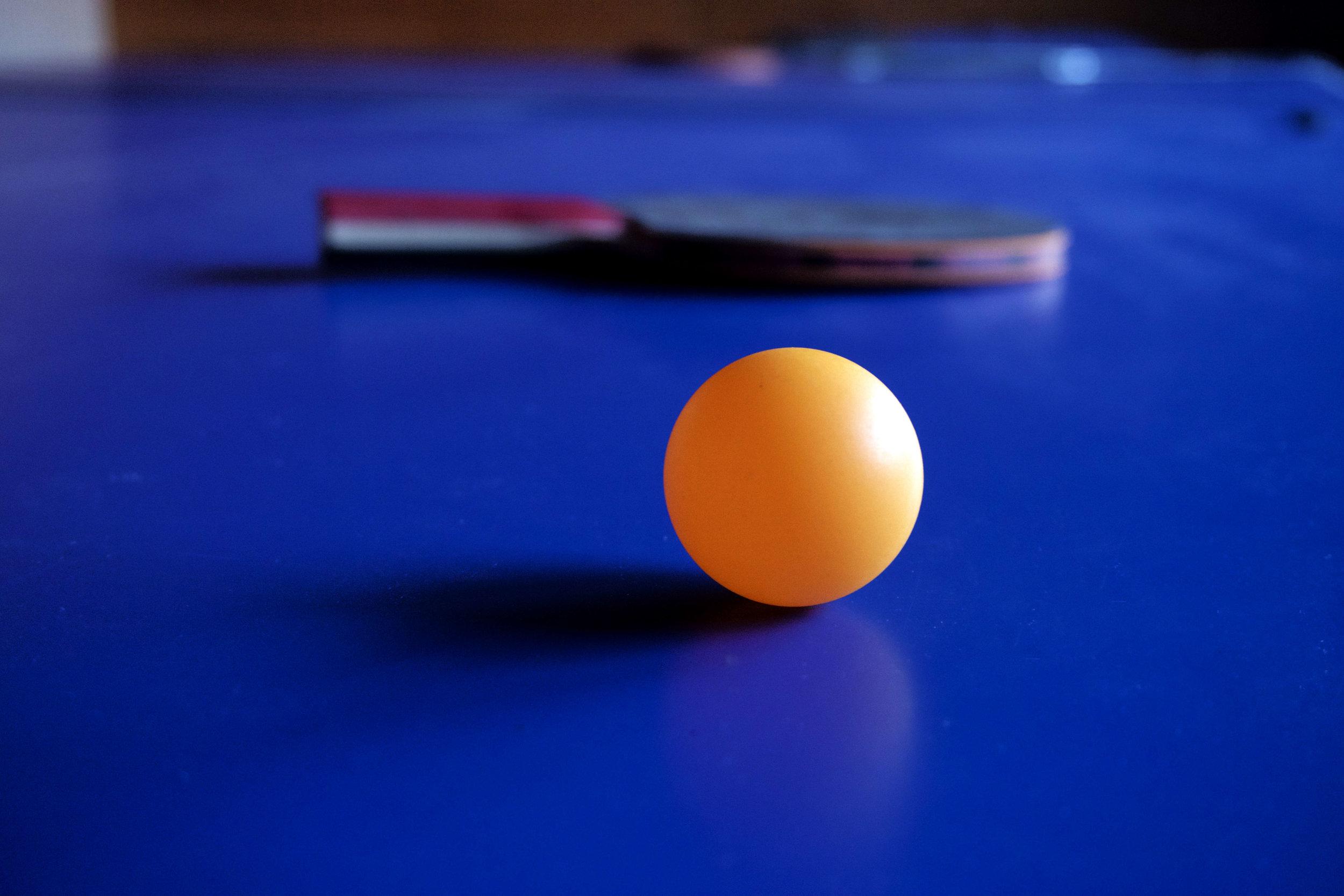 table tennis bat ball