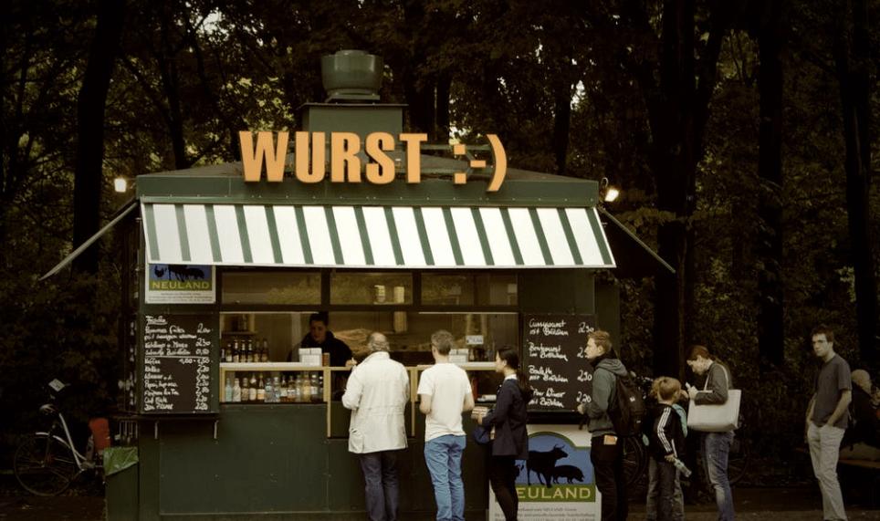 customers lining up